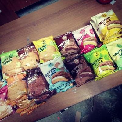 Именно в таких количествах у нас разлетается печенье fit kit)) успевайте пока есть все вкусы)